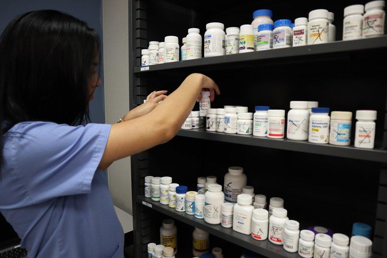 Еще 2,7 млрд рублей Правительство выделило на бесплатные лекарства от ковида
